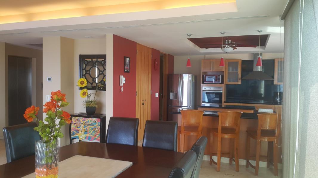 Condo Shangri-La E-12-02 in Marina Vallarta Area