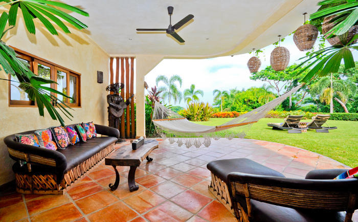 Villa Boda is located in a beautiful privileged enclave of unique tropical in Lo de Marcos community to the north of Puerto Vallarta.