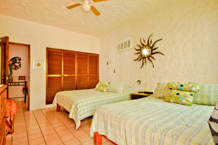 Condo 1 Loma Blanca in The Romantic Zone