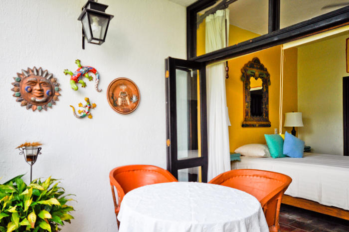 Puesta Del Sol is famous for its concierge like services, meticulous maintenance and superb location, a true Green Oasis behind gates that sits just steps away to the best of Vallarta's Galleries Restaurants and the Malecón.